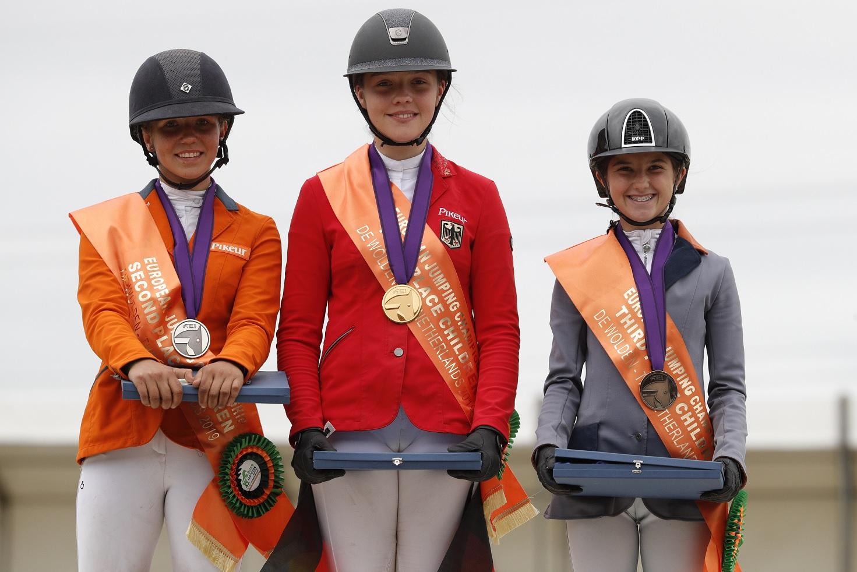 За първи път в историята на българския конен спорт – медал от Европейско първенство 2019 за възпитаничката на Конна база Ниеса Ая Митева